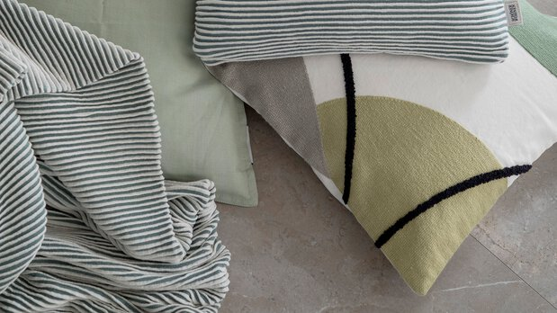 Schöner Wohnen Kollektion Decken und Kissen