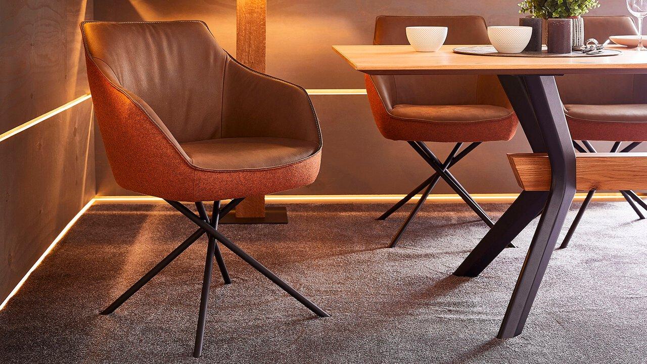 Koinor Stühle und Tische