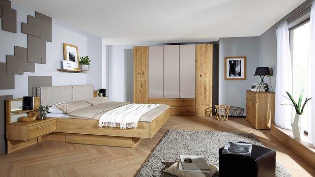 Schlafzimmer-Serie Mutola von Rauch black