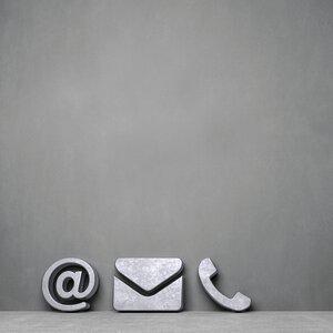 3593573-00000 Technik / Internet / Message B