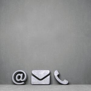 3593579-00000 Technik / Internet / Message B