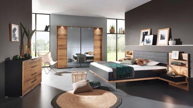 Schlafzimmer-Serie Vadora Plus von Rauch black