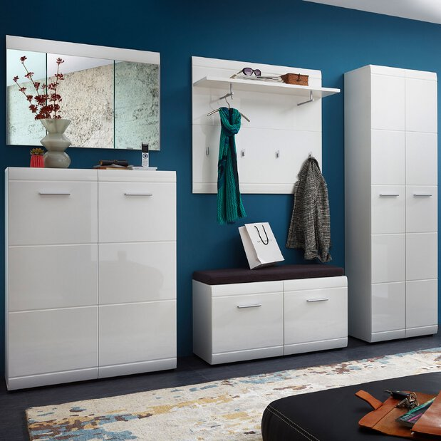 Garderobe Adana