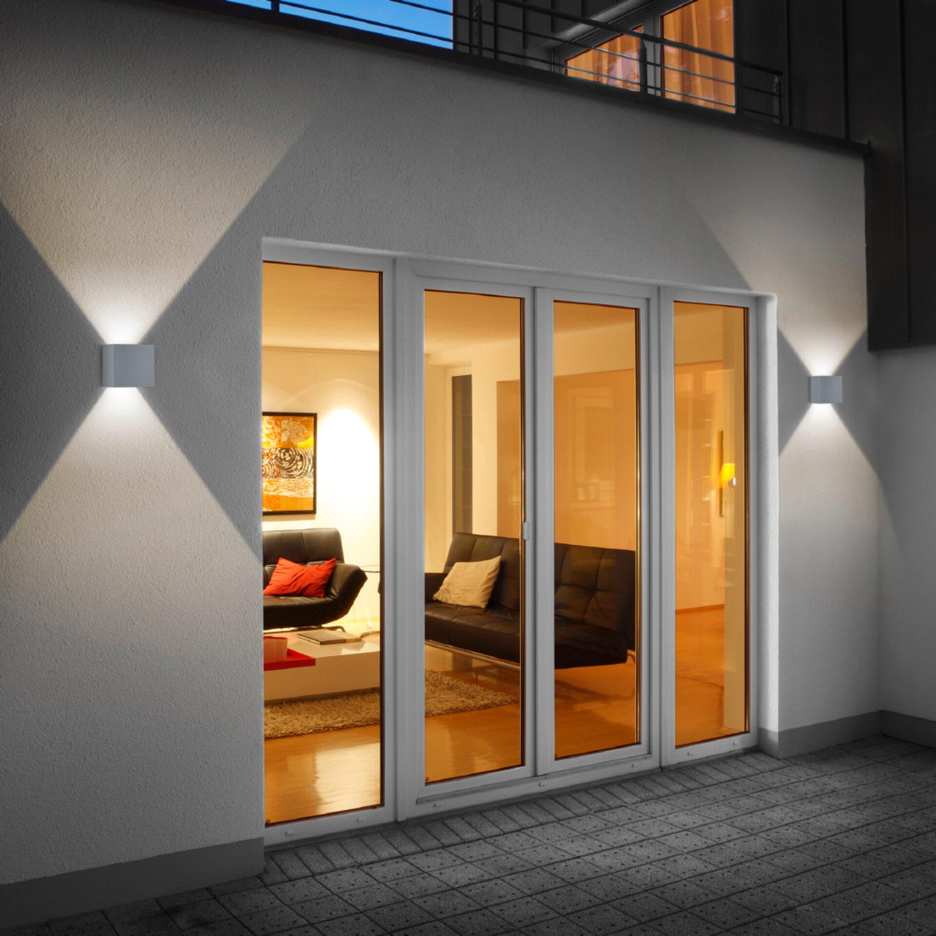 LED-Aussenwandleuchte in weiß von Helestra