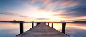3308031-00000 Landschaft SeeStep to the lake