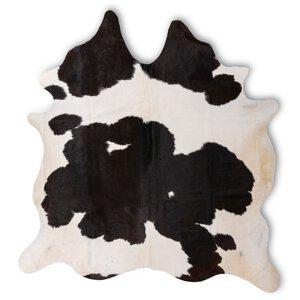 3487407-00001 Cow Hides