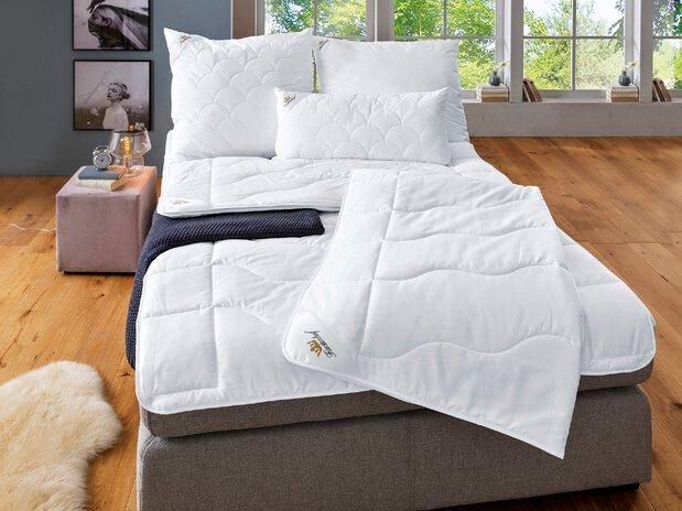 Faser Bettdecken und Kissen